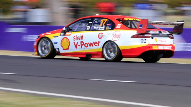 McLaughlin fastest as Whincup misses Shootout
