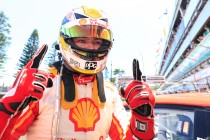 McLaughlin scores pole in tense Newcastle qualifying