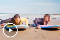 Surfs up: Simona's lesson with Courtney Conlogue