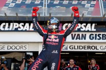 SVG scores pole, Whincup falters in Shootout