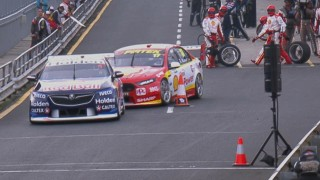 Dutton explains Whincup pitlane indiscretion