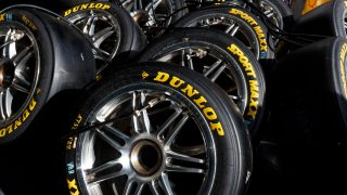 Dunlop secures five-year Supercars deal