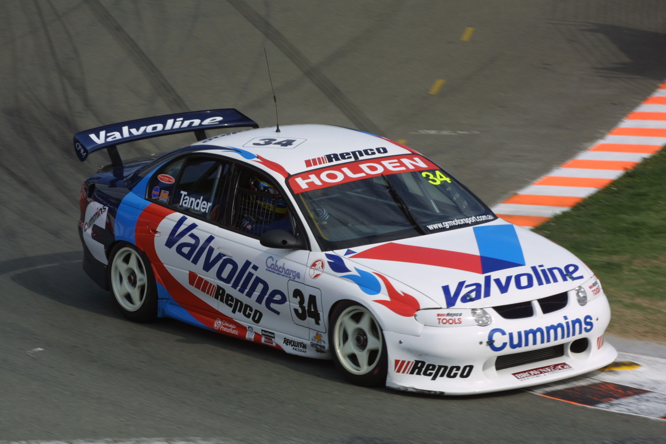 Tander Gold Coast GRM 2001 Mark Edge