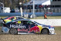 Whincup laments 'black cat' Saturday